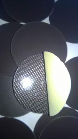 43. Samolepiaca magnetická fólia (rezaná) - priemer 40mm