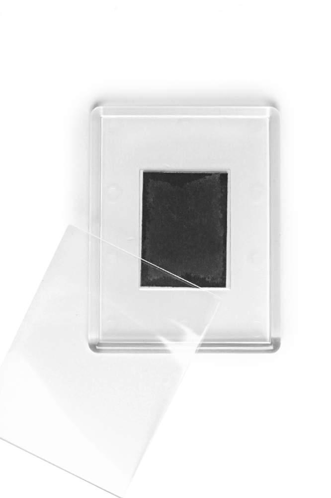 13. Akrylová magnetka na chladničku - (8,4 x 6,5 cm)