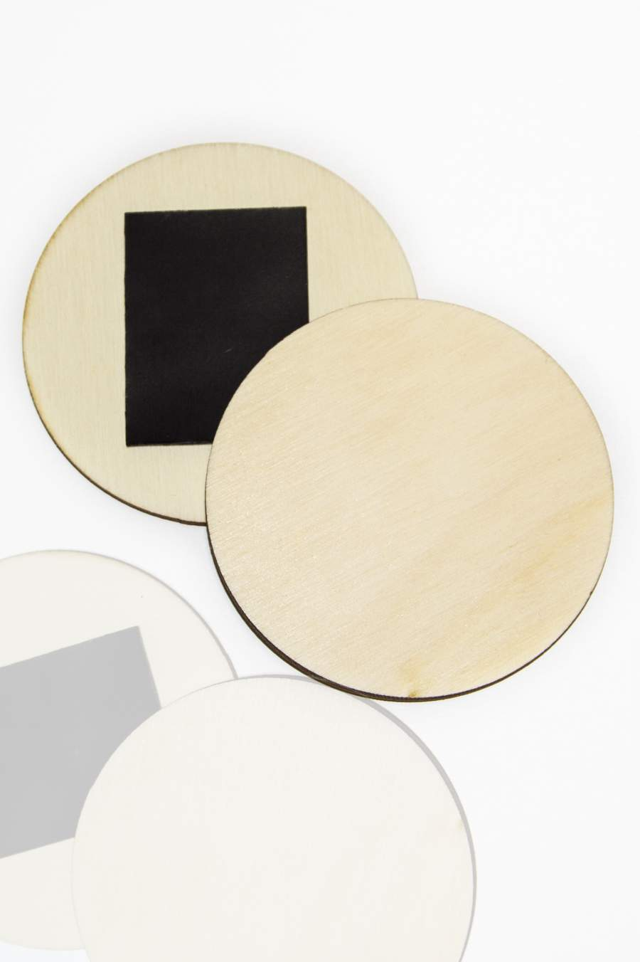 100. Drevená magnetka na chladničku – základný materiál, kruhový plátok Ø65