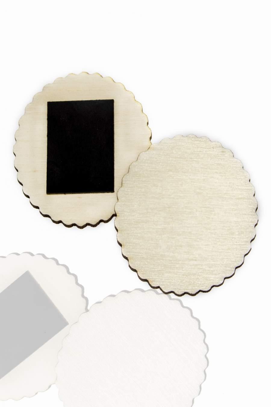 111. Drevená magnetka na chladničku – základný materiál 50x43mm