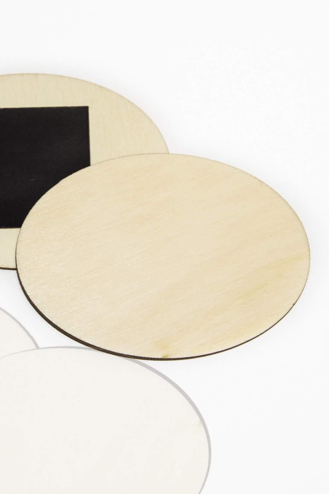 101.1 Drevená magnetka na chladničku – základný materiál, oválny tvar plátok 70x50mm